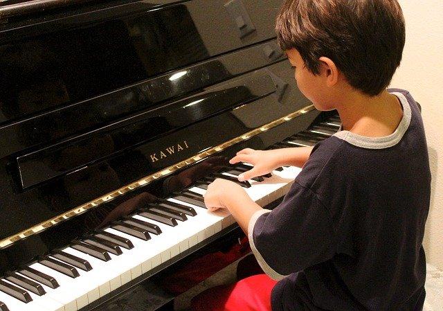 Mark Rutte kiest voor de piano